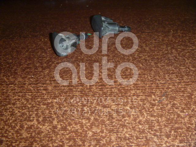 Форсунка омывателя лобового стекла для Chevrolet Captiva (C100) 2006-2010 - Фото №1