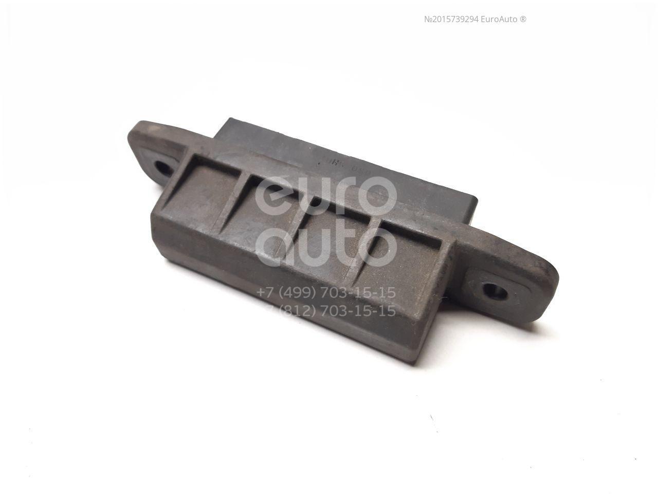 Кнопка открывания багажника для Toyota Auris (E15) 2006-2012 - Фото №1