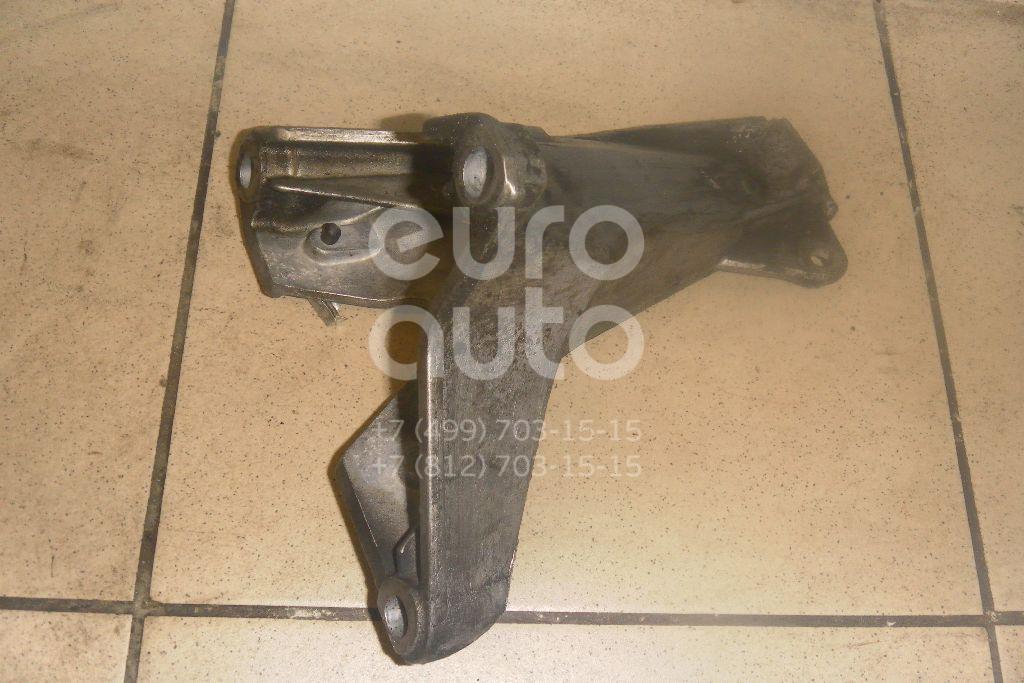 Кронштейн двигателя правый для Audi A4 [B6] 2000-2004 - Фото №1