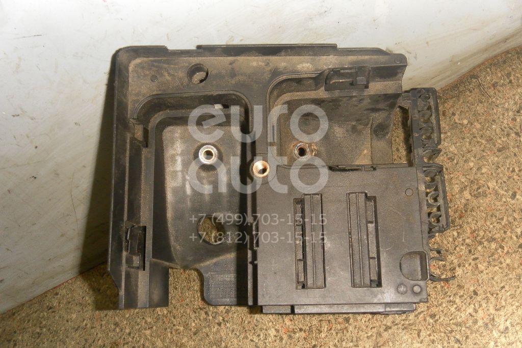 Кронштейн (сопут. товар) для Audi Passat [B6] 2005-2010;Golf V 2003-2009;A3 [8P1] 2003-2013 - Фото №1