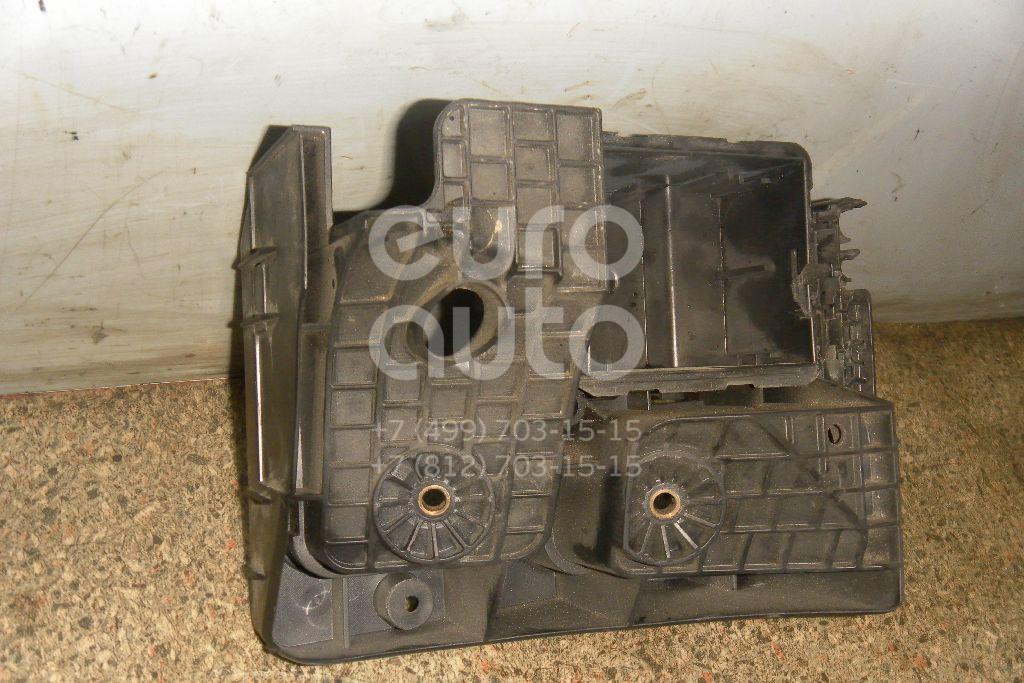 Кронштейн (сопут. товар) для VW,Audi Passat [B6] 2005-2010;Golf V 2003-2009;A3 [8P1] 2003-2013 - Фото №1