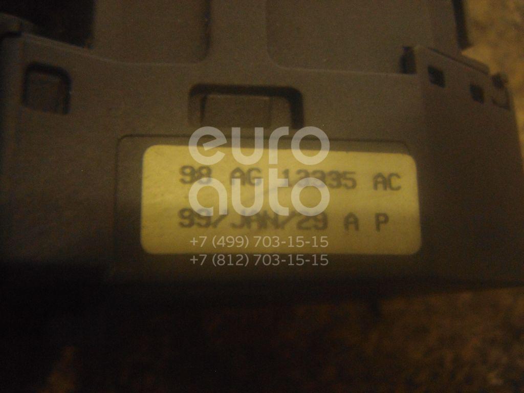 Переключатель поворотов подрулевой для Ford,Ford America Focus I 1998-2005;Fusion 2002-2012;Transit [FA] 2000-2006;Focus USA 2004-2007 - Фото №1