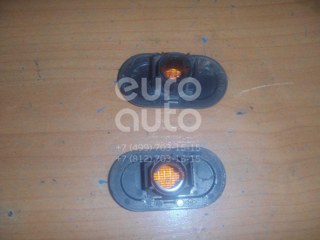 Повторитель на крыло желтый для Opel,Renault Vivaro 2001-2014;Clio I 1991-1998;Megane I 1996-1999;Twingo 1993-2007;Kangoo 2003-2008;Espace II 1991-1996;Megane I 1999-2004;Safrane II 1996-2000;R19 1992-2002;Scenic 1996-1999;Scenic 1999-2003 - Фото №1