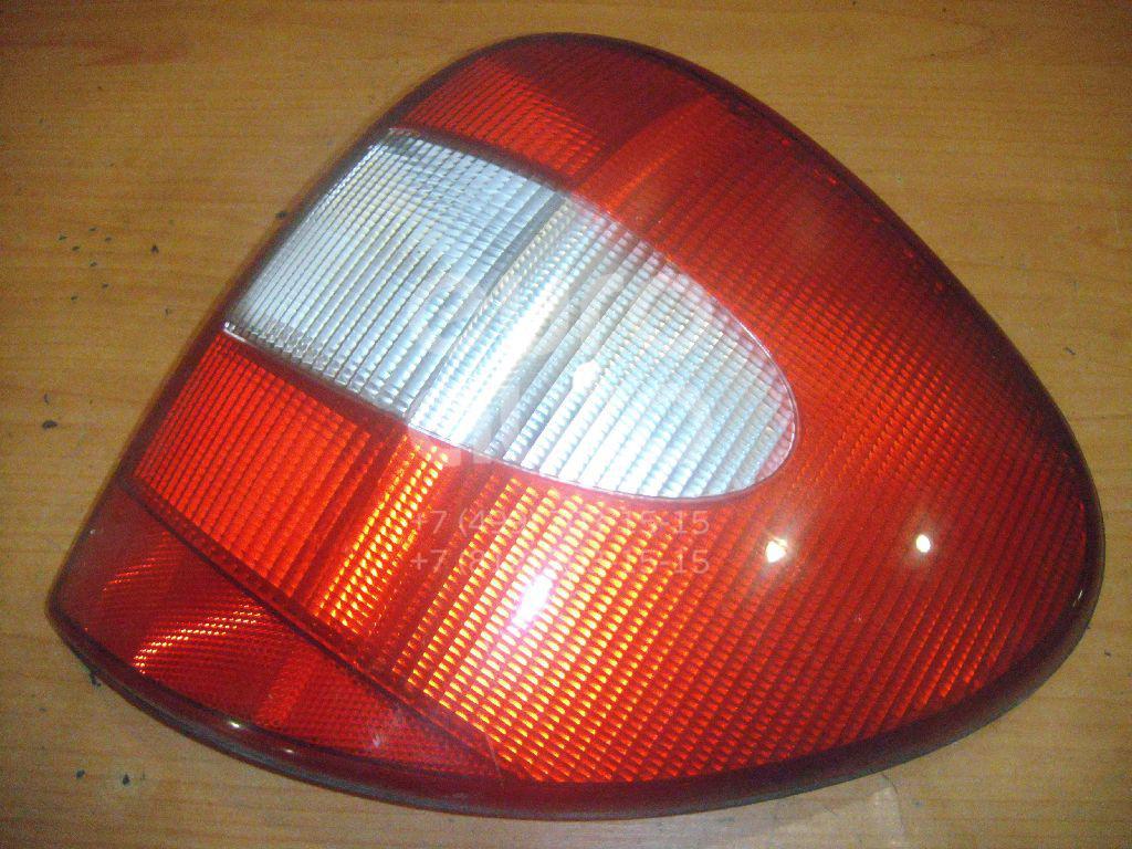 Фонарь задний правый для Chrysler Voyager/Caravan (RG/RS) 2000-2008 - Фото №1