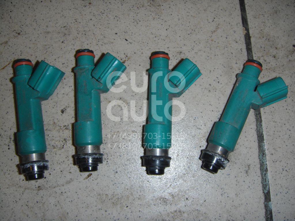 Форсунка инжекторная электрическая для Toyota RAV 4 2006-2013;Camry V30 2001-2006;Avensis Verso (M20) 2001-2009;Camry V40 2006-2011;Highlander I 2001-2006;Camry V50 2011>;Matrix 2008-2014 - Фото №1