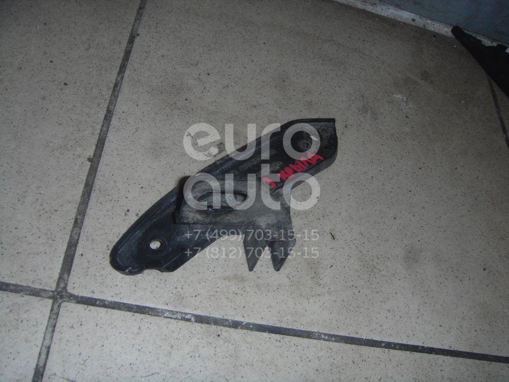 Кронштейн крепления крыла для Mercedes Benz VANEO 2002> - Фото №1