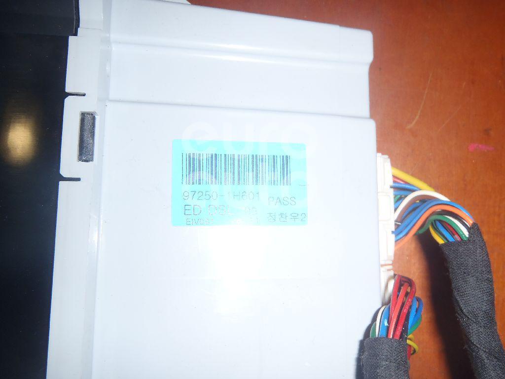 Блок управления климатической установкой для Kia Ceed 2007-2012 - Фото №1