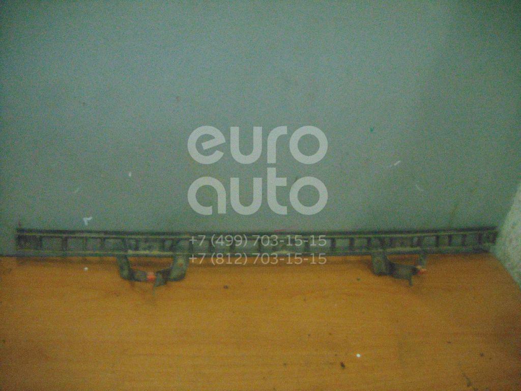 Направляющая заднего бампера для Opel Vectra C 2002-2008 - Фото №1