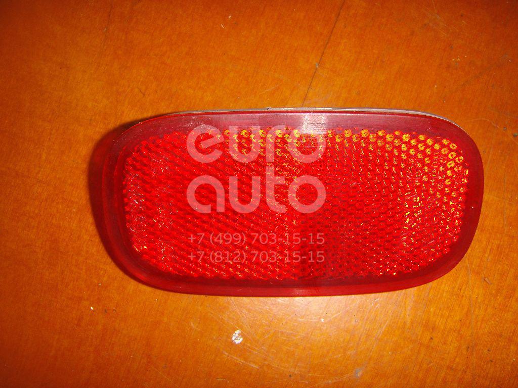 Отражатель задний для Toyota RAV 4 1994-2000;Picnic (XM10) 1996-2001;RAV 4 2000-2005;Matrix 2008-2014 - Фото №1