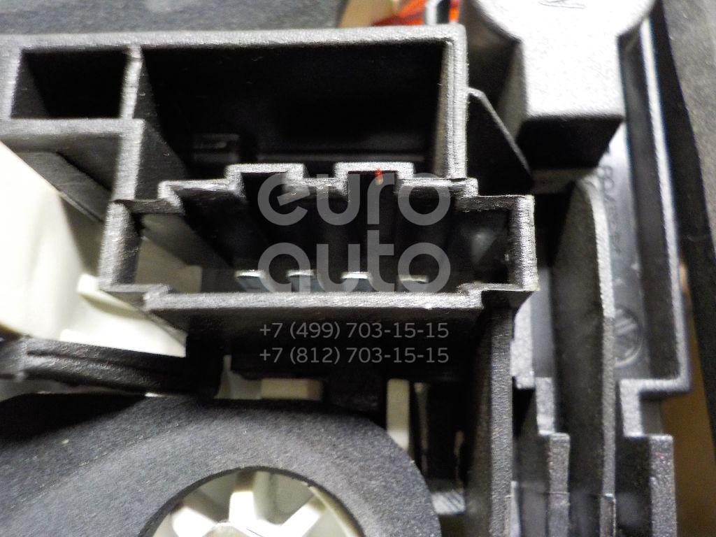Фонарь задний внутренний правый для VW Touareg 2002-2010 - Фото №1