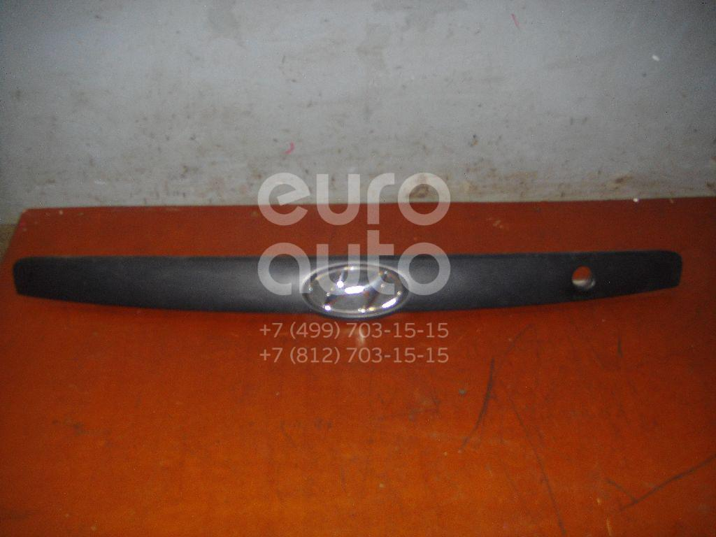 Накладка двери багажника для Hyundai Elantra 2000-2005 - Фото №1