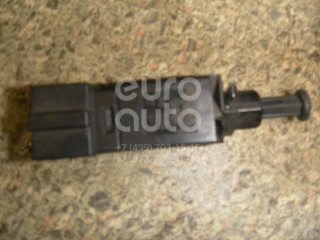 Выключатель концевой для VW,Ford Golf IV/Bora 1997-2005;Sharan 2000-2006;Galaxy 1995-2006 - Фото №1