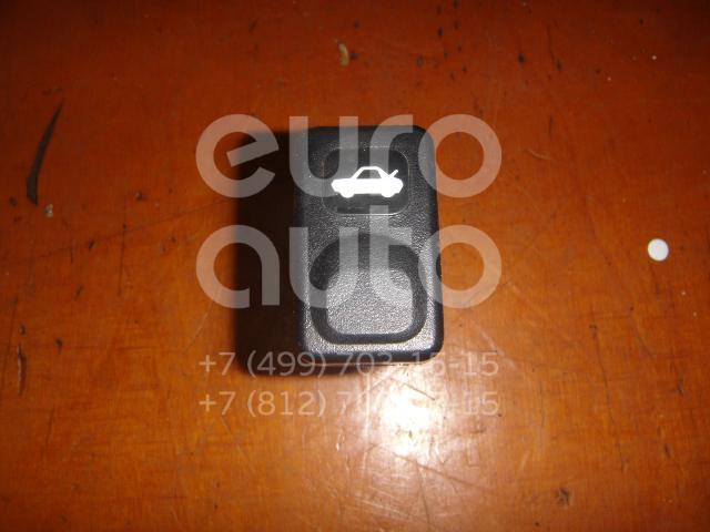 Кнопка открывания багажника для Kia Sportage 1994-2004 - Фото №1