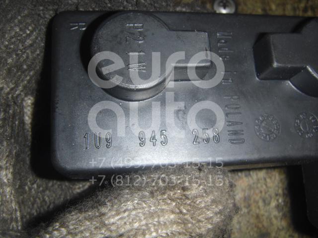 Плата заднего фонаря правого для Skoda Octavia (A4 1U-) 2000-2011;Octavia 1997-2000 - Фото №1