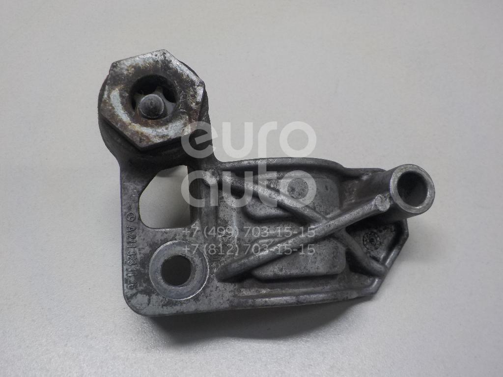 Купить Кронштейн крепления переднего стабилизатора Mercedes Benz W211 E-Klasse 2002-2009; (2113231126)
