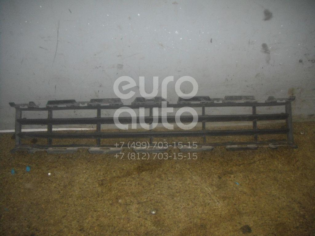 Решетка в бампер центральная для Renault Megane II 2002-2009 - Фото №1