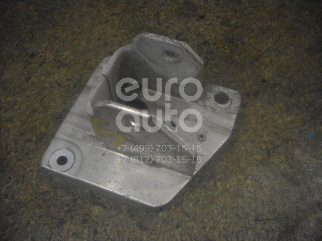 Кронштейн усилителя заднего бампера правый для Renault Megane II 2003-2009;Scenic II 2003-2009 - Фото №1