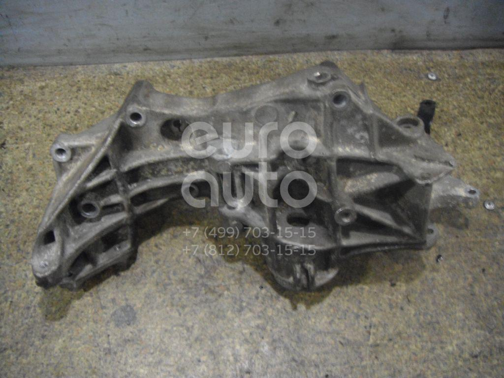Кронштейн генератора для Audi,VW A4 [B5] 1994-2001;Passat [B5] 1996-2000;A6 [C5] 1997-2004 - Фото №1