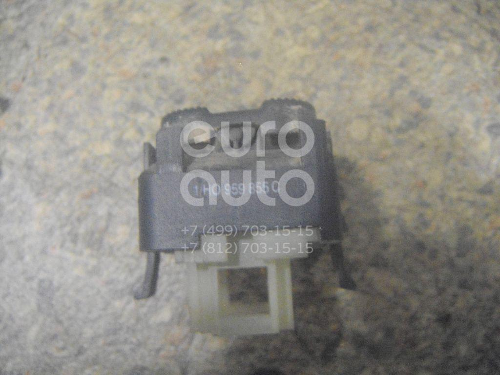 Кнопка стеклоподъемника для VW Golf III/Vento 1991-1997 - Фото №1