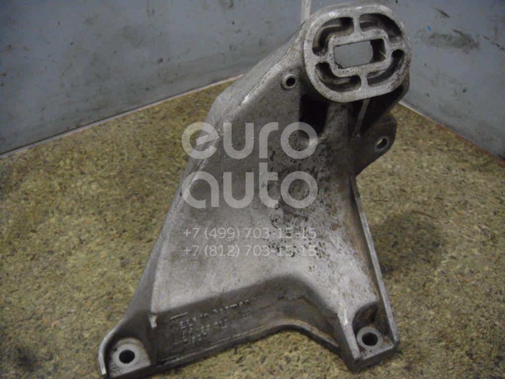 Кронштейн двигателя правый для Audi 100 [C4] 1991-1994;A6 [C4] 1994-1997 - Фото №1