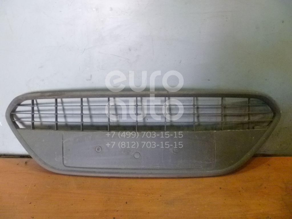 Решетка в бампер центральная для Ford Focus II 2008-2011;Focus II 2005-2008 - Фото №1
