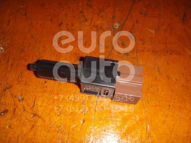 Датчик включения стопсигнала для Nissan Teana J32 2008-2013;Koleos (HY) 2008>;350Z 2003>;Patrol (Y62) 2010> - Фото №1