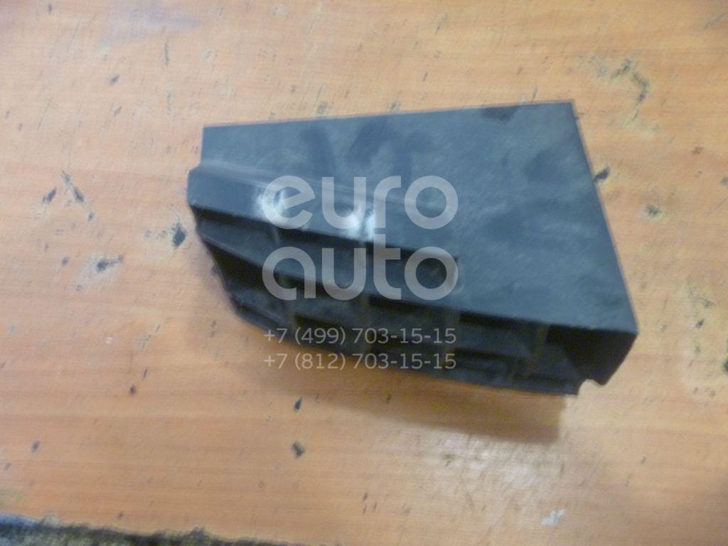 Кронштейн переднего бампера правый для Renault Master II 1999-2010 - Фото №1