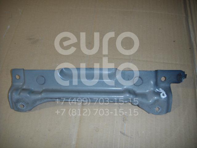 Кронштейн усилителя переднего бампера правый для Toyota Yaris 2005-2011 - Фото №1