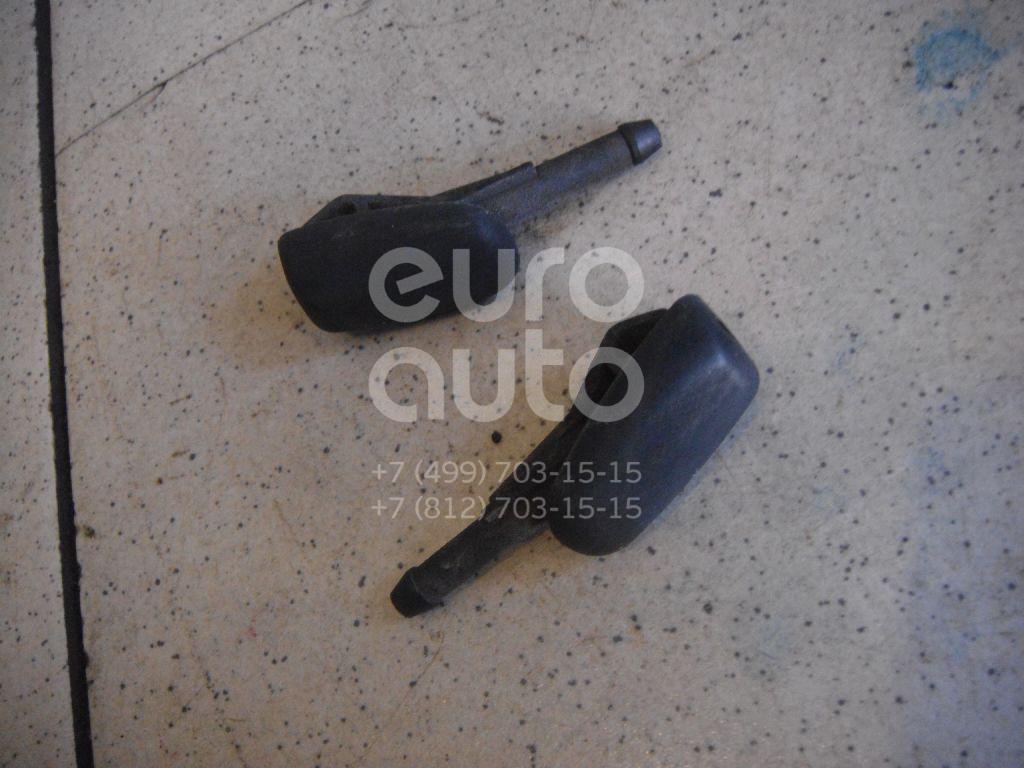 Форсунка омывателя лобового стекла для Ford Fiesta 1995-2000 - Фото №1