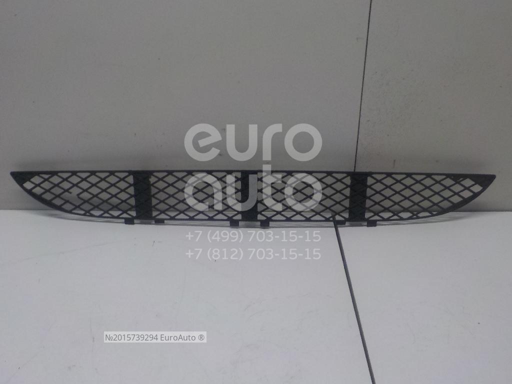 Решетка в бампер центральная для Mercedes Benz W210 E-Klasse 2000-2002 - Фото №1