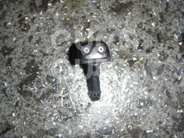 Форсунка омывателя лобового стекла для Mitsubishi Pajero/Montero Sport (K9) 1998-2008 - Фото №1