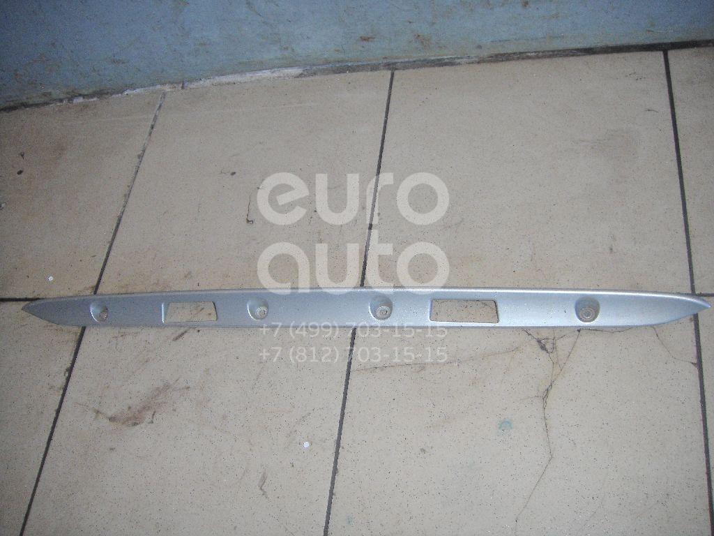 Накладка крышки багажника для Mercedes Benz W210 E-Klasse 2000-2002;W210 E-Klasse 1995-2000 - Фото №1