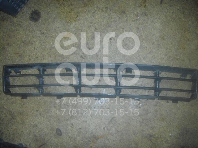 Решетка в бампер центральная для VW Golf IV/Bora 1997-2005 - Фото №1