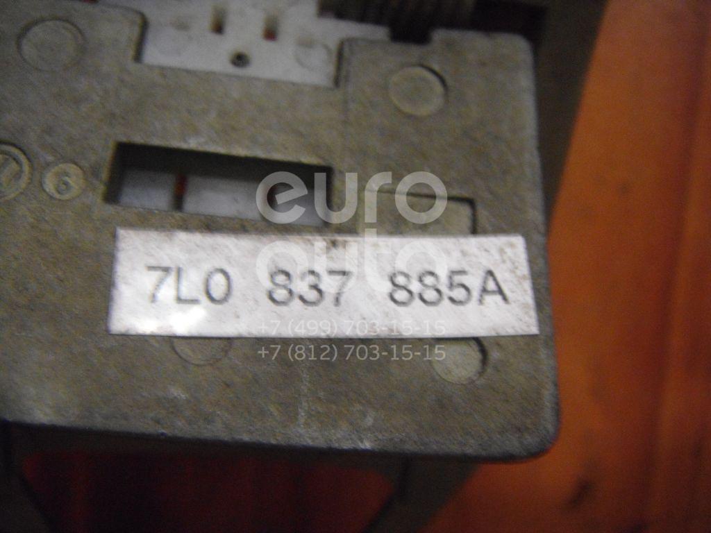 Кронштейн ручки для VW Touareg 2002-2010 - Фото №1