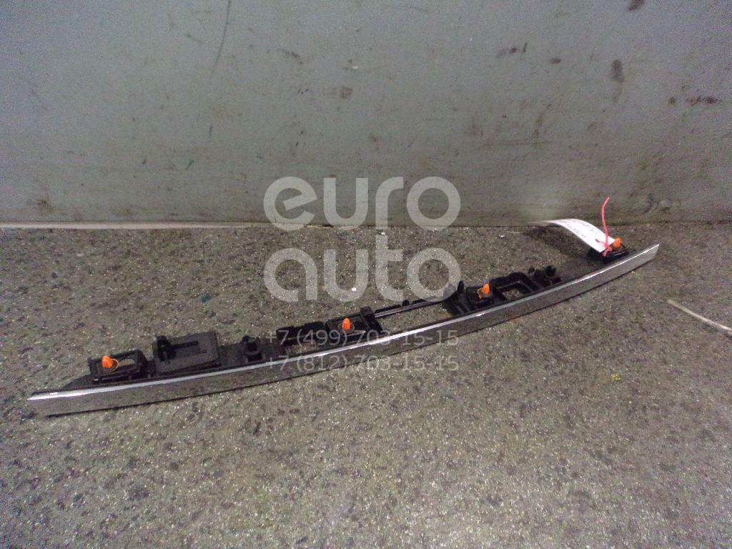 Накладка двери багажника для Mercedes Benz W204 2007-2015 - Фото №1
