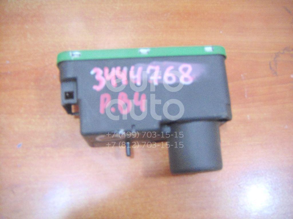 Вакуумное устройство системы центрального замка для VW Passat [B4] 1994-1996;Golf III/Vento 1991-1997;Passat [B3] 1988-1993 - Фото №1