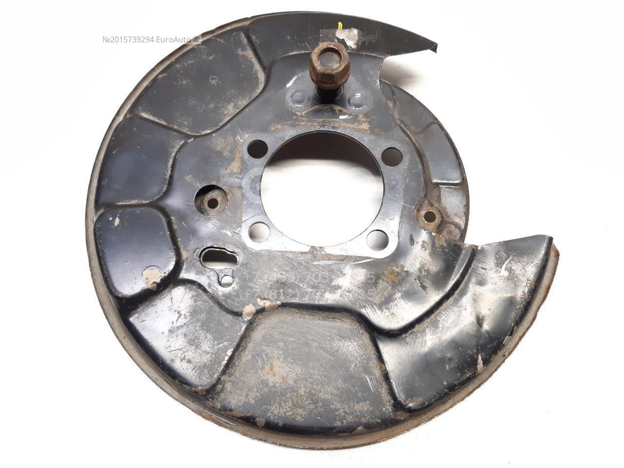 Щит опорный задний правый для Toyota RAV 4 2006-2013 - Фото №1