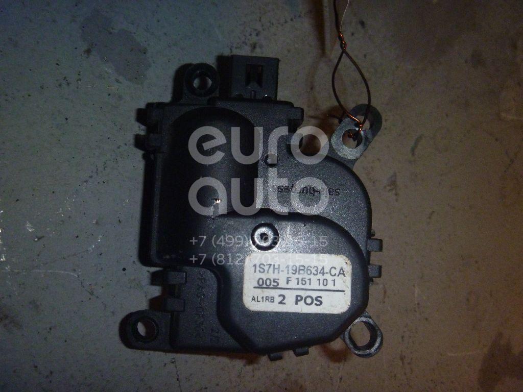Моторчик заслонки отопителя для Ford Transit/Tourneo Connect 2002-2013;Focus II 2005-2008;Fusion 2002-2012;C-MAX 2003-2010;Focus I 1998-2005;Mondeo III 2000-2007;Fiesta 2001-2008;Galaxy 2006-2015;S-MAX 2006-2015;Mondeo IV 2007-2015 - Фото №1