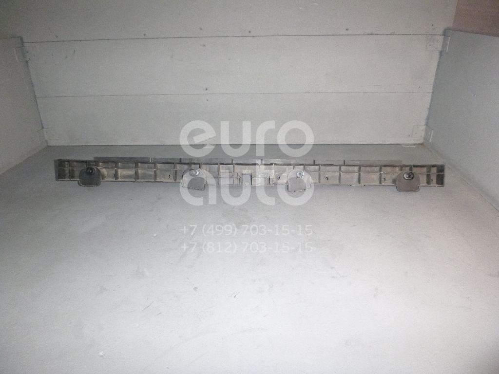 Направляющая заднего бампера для VW Passat [B7] 2011-2015 - Фото №1