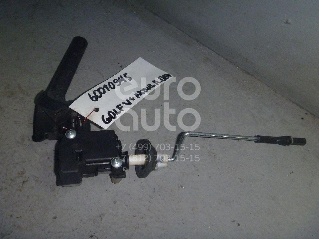 Активатор замка крышки бензобака для VW Golf V Plus 2005-2014 - Фото №1