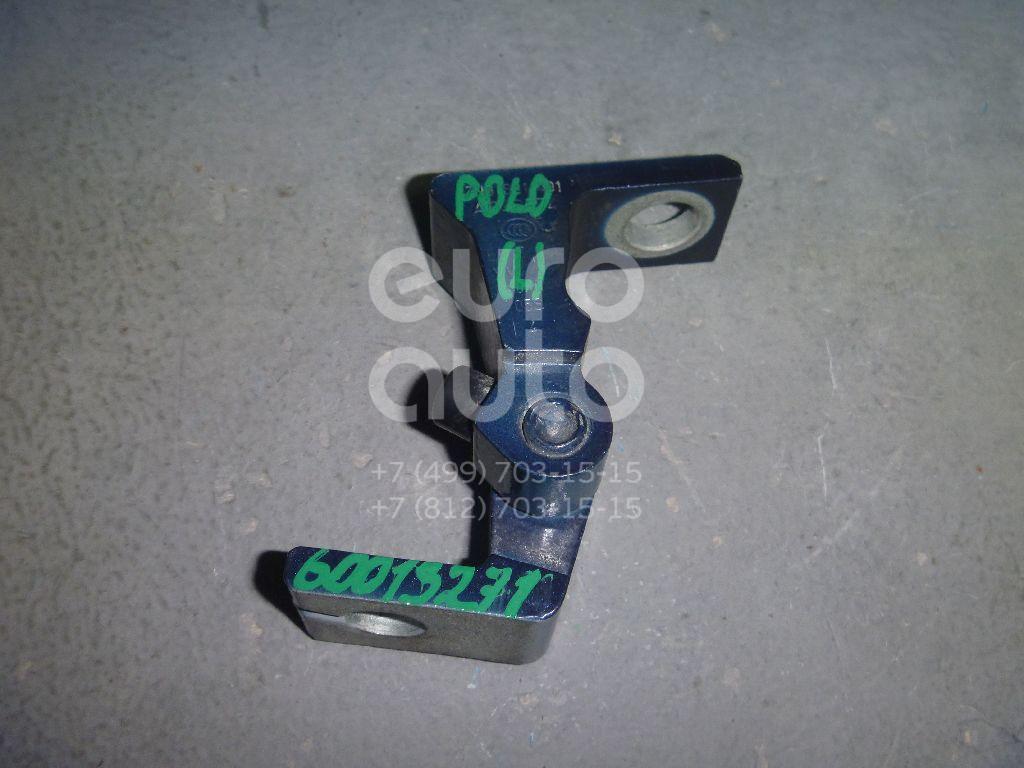 Петля двери для VW,Skoda Polo (Sed RUS) 2011>;Yeti 2009>;Octavia (A7) 2013>;Rapid 2013> - Фото №1