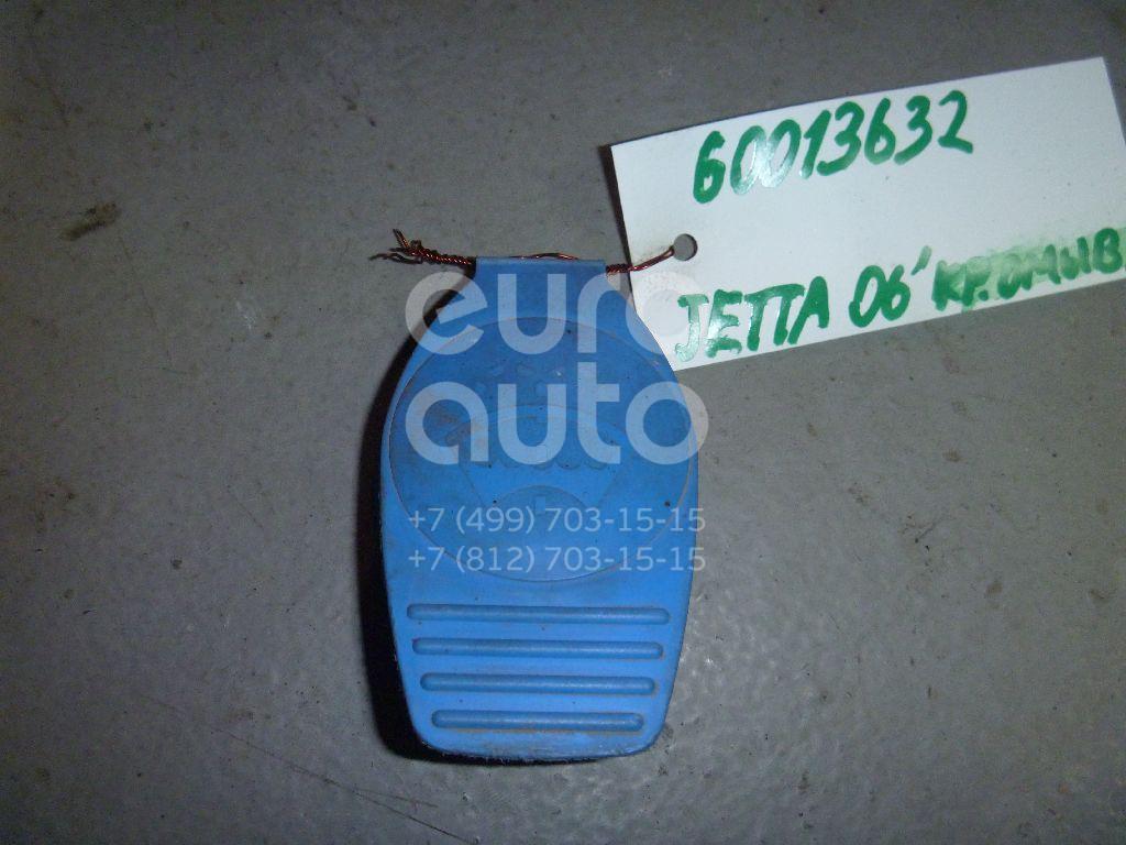 Крышка бачка омывателя для VW,Audi Jetta 2006-2011;50 >1978;80/90 [B2] >1986;100 [C4] 1991-1994;A3 (8L1) 1996-2003;A4 [B5] 1994-2000;A6 [C4] 1994-1997;A8 1994-1998;Golf I/Jetta I >1983;Golf II/Jetta II 1983-1992;Golf III/Vento 1991-1997 - Фото №1