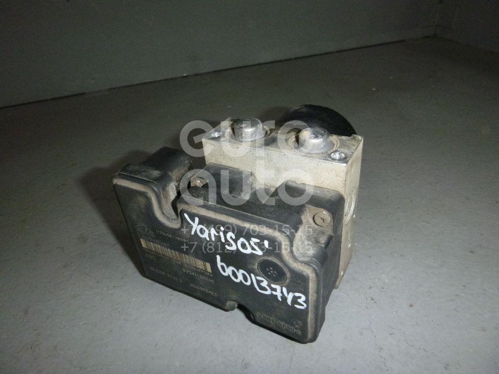 Блок ABS (насос) для Toyota Yaris 2005-2011 - Фото №1
