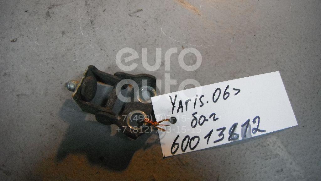 Петля двери багажника для Toyota,Scion Yaris 2005-2011;Yaris 1999-2005;IQ 2008-2011;xA 2004-2006 - Фото №1