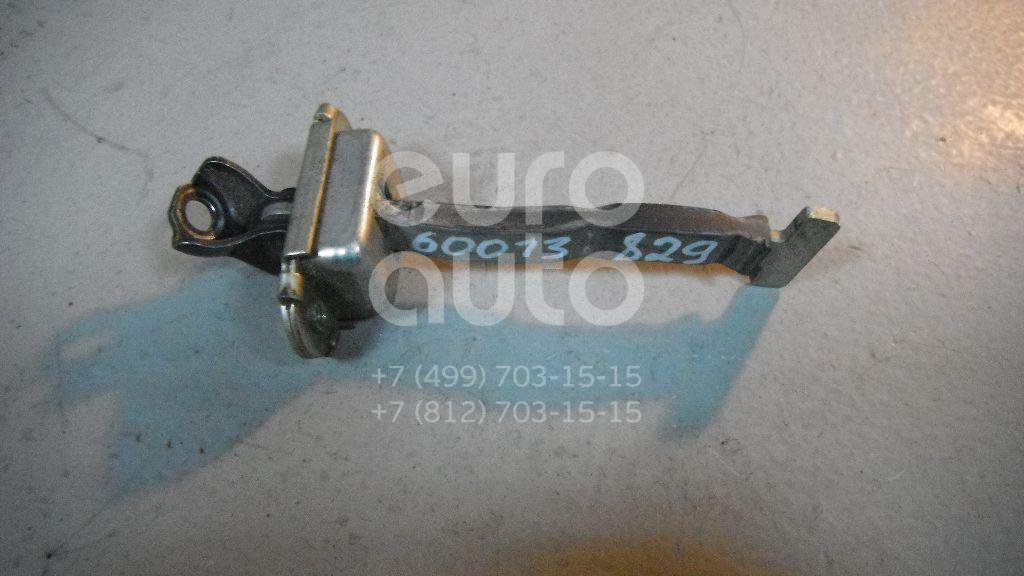 Ограничитель двери для Toyota Yaris 2005-2011 - Фото №1