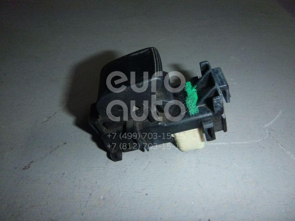 Кнопка стеклоподъемника для Toyota Corolla E15 2006-2013;Camry V40 2006-2011;RAV 4 2006-2013;Auris (E15) 2006-2012;Yaris 2005-2011;Highlander II 2007-2013;Sequoia (K6) 2008>;Tundra 2007-2013;RAV 4 2013>;Corolla E18 2013>;Verso-S 2011> - Фото №1
