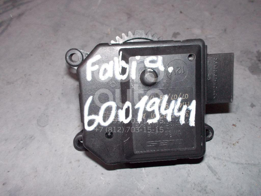 Моторчик заслонки отопителя для Skoda,VW,Seat Fabia 2007-2015;Fabia 1999-2006;Polo 2001-2009;Cordoba 2003-2008;Ibiza IV 2002-2008 - Фото №1