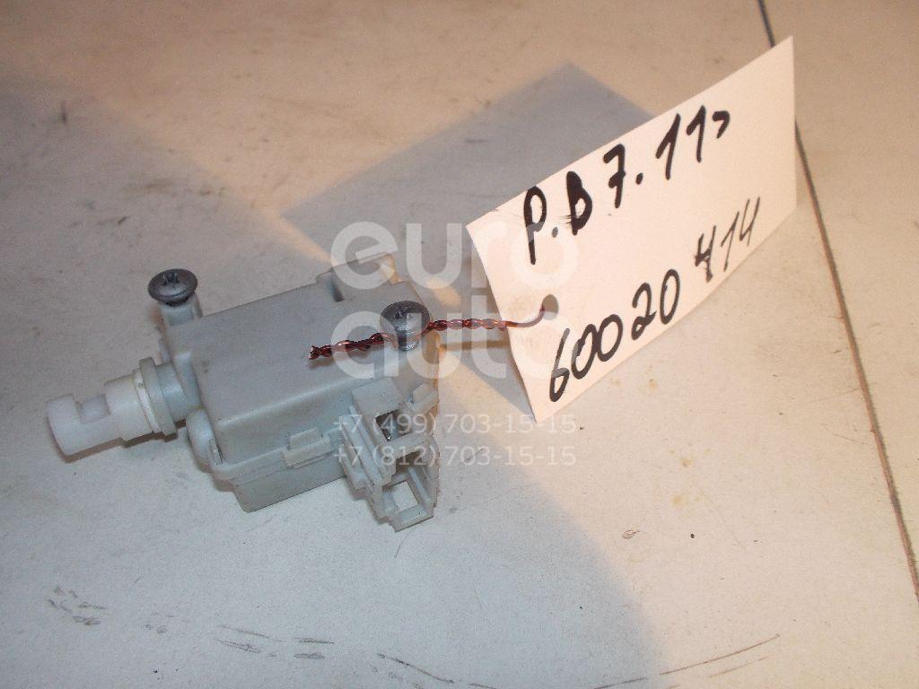Активатор замка крышки бензобака для VW Passat [B7] 2011> - Фото №1