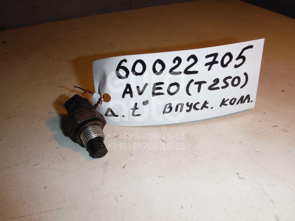 Датчик температуры воздуха для Chevrolet,Daewoo Aveo (T250) 2005-2011;Matiz (M100/M150) 1998-2015;Aveo (T200) 2003-2008;Spark 2005-2010 - Фото №1