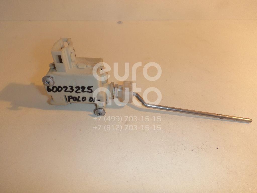 Активатор замка крышки бензобака для VW Polo 2001-2009 - Фото №1